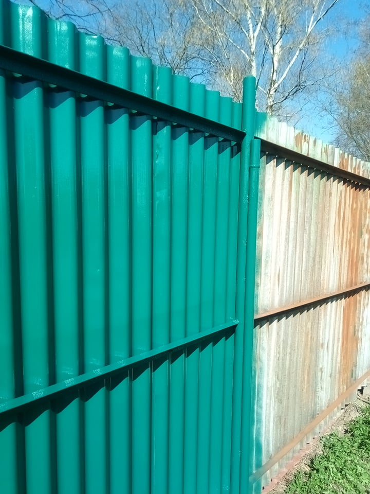 Nátěry plotů - příprava, broušení